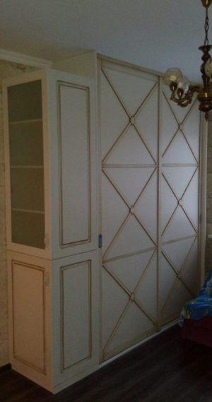 Классический шкаф купе эмаль+патина Сургут
