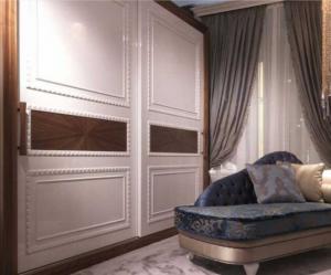 Шкаф купе с эмитацией филенки и фигурной накладкой, ламинация, шпон, эмаль Сургут
