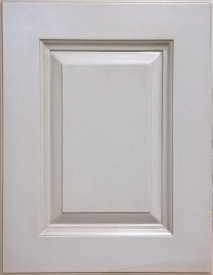 Рамочный фасад с филенкой, фрезеровкой 3 категории сложности Сургут